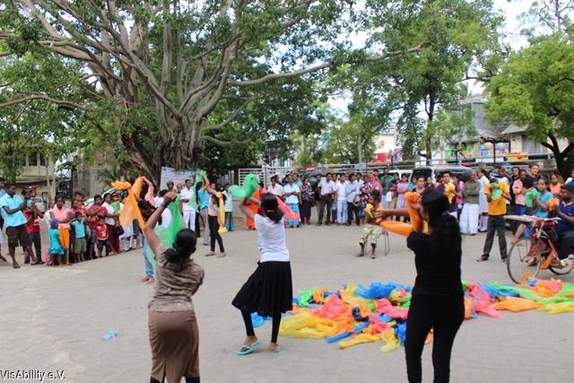 2015-07-24 VisAbility - Public Performance - Polonnaruwa 2