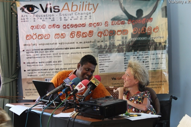 2015-08-13 VisAbility - Press conference - Ampara