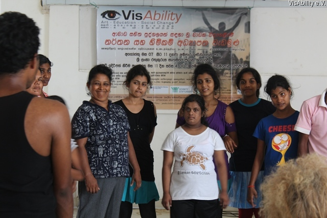 2015-08-17 VisAbility - Dance Workshop - Ampara 5